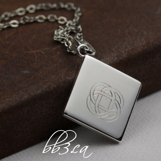 New Engraved Celtic Knot Necklace