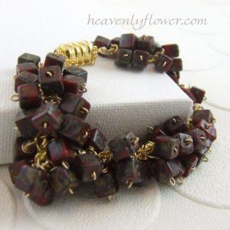 chunky burgundy red gold flecks cha cha bracelet