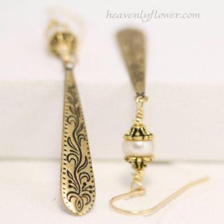 Pearls Brass Gold-filled earrings