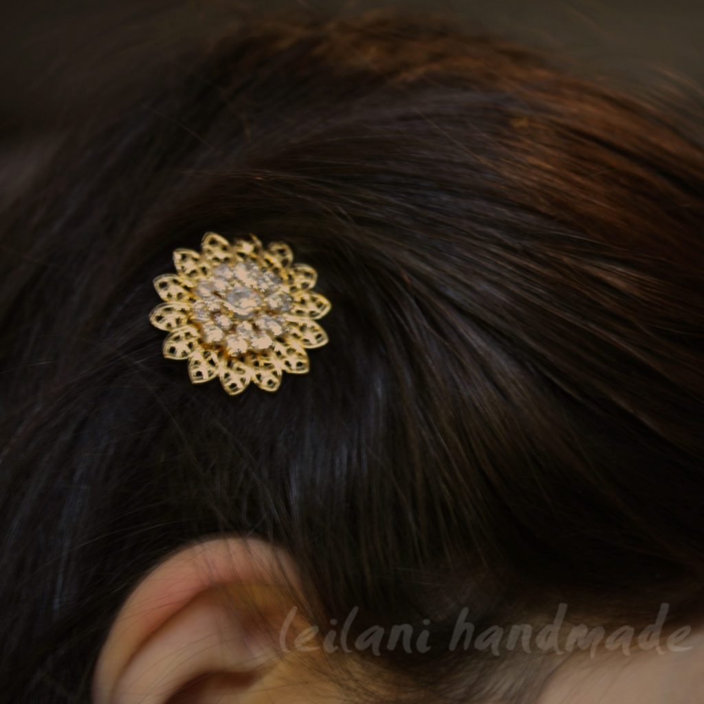 swarovski sunflower hairpin worn