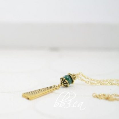 Celtic Braid Necklace Silver or Gold Malachite or Onyx Stone