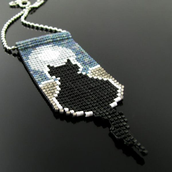 Bead loomed pendant Silhouette Cat - By Cat's Wire/Heathercats collaboration