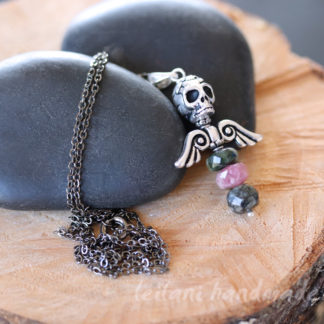 angel wings and skull pendant in tourmaline