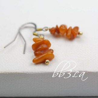 Amber Chip Earrings with Gold Accent