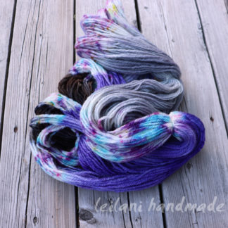 indie dyed handspun bfl